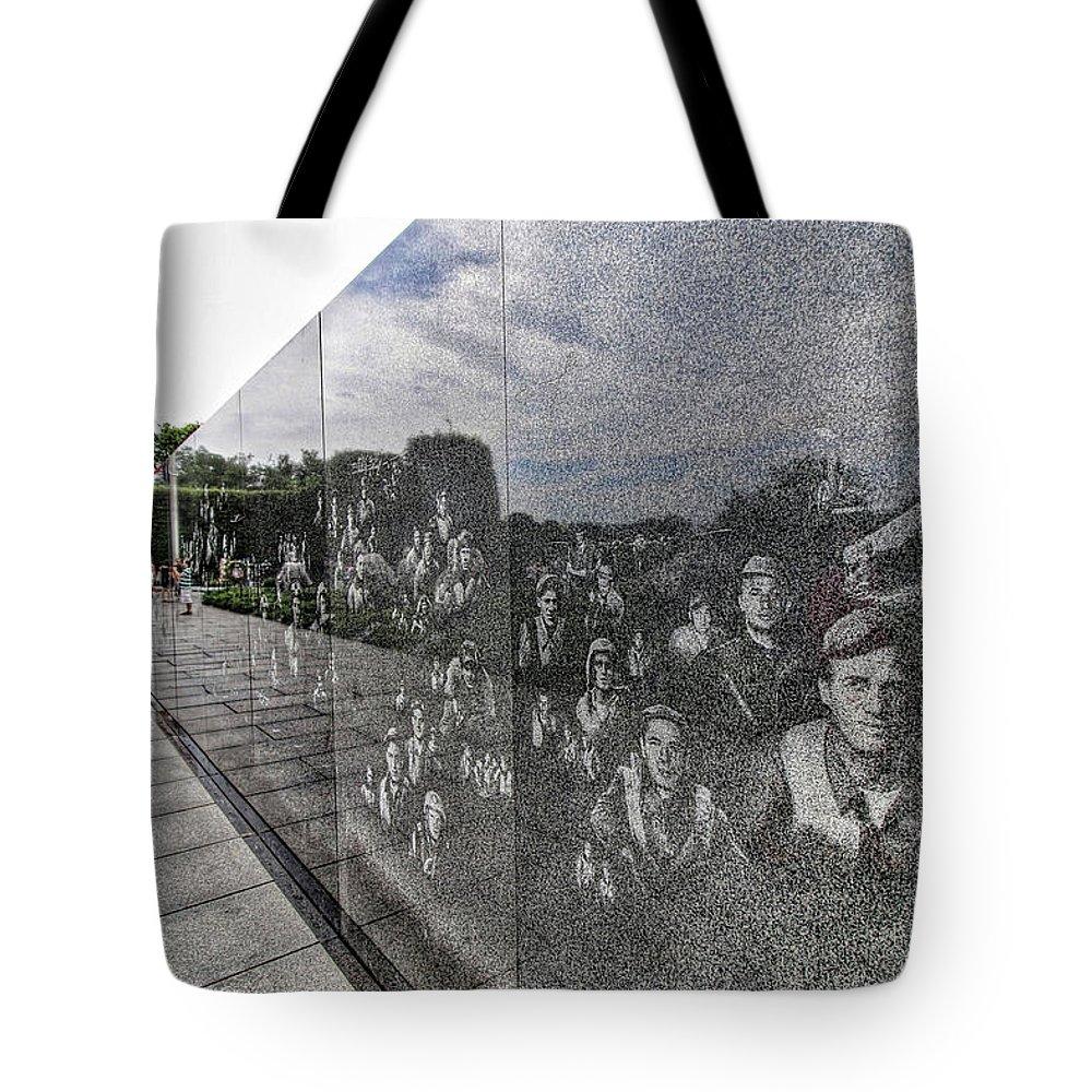 Washington Dc Usa Tote Bag featuring the photograph Washington Dc Usa by Paul James Bannerman