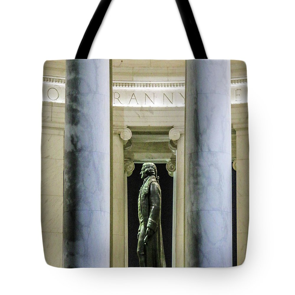 This Is A Photo Looking At Thomas Jefferson From The Outside Of The Thomas Jefferson Memorial Tote Bag featuring the photograph Thomas Jefferson Memorial by William Rogers