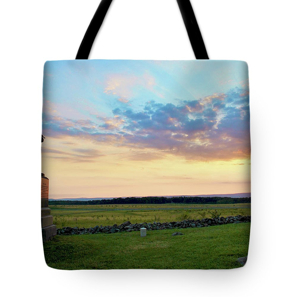 Civil War Tote Bag featuring the photograph 72nd Pennsylvania At The Angle by Jen Goellnitz