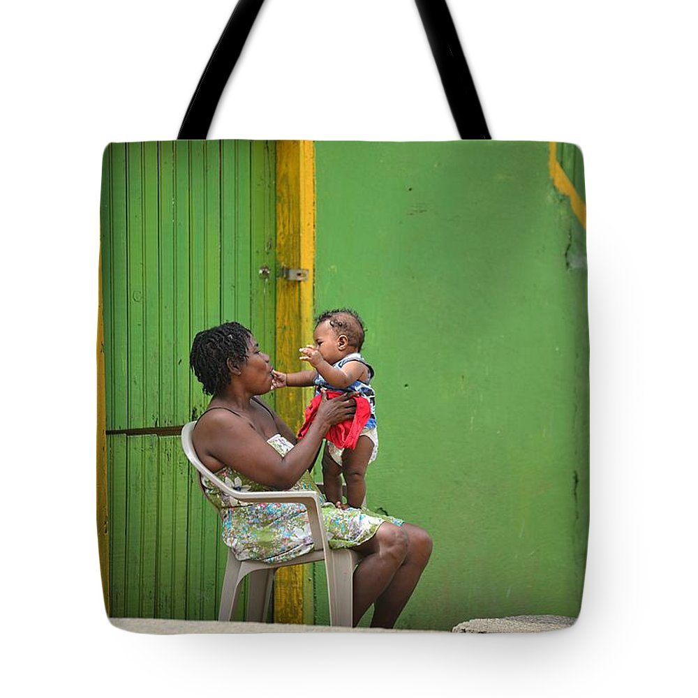 Portrait Tote Bag featuring the photograph Roatan Scene by Gianni Bussu