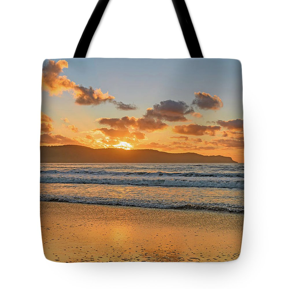 Umina Tote Bag featuring the photograph Sunrise Seascape At The Beach by Merrillie Redden