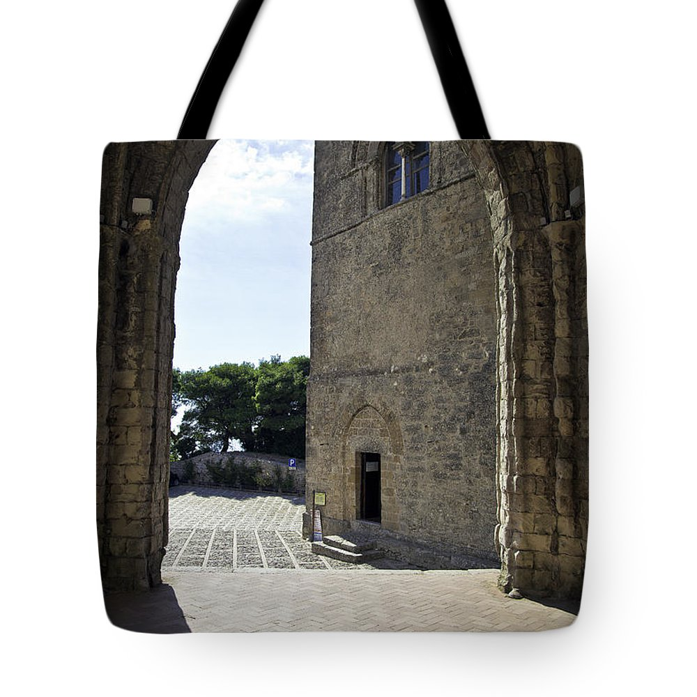 Arch Tote Bag featuring the photograph A Gothic View II by Madeline Ellis