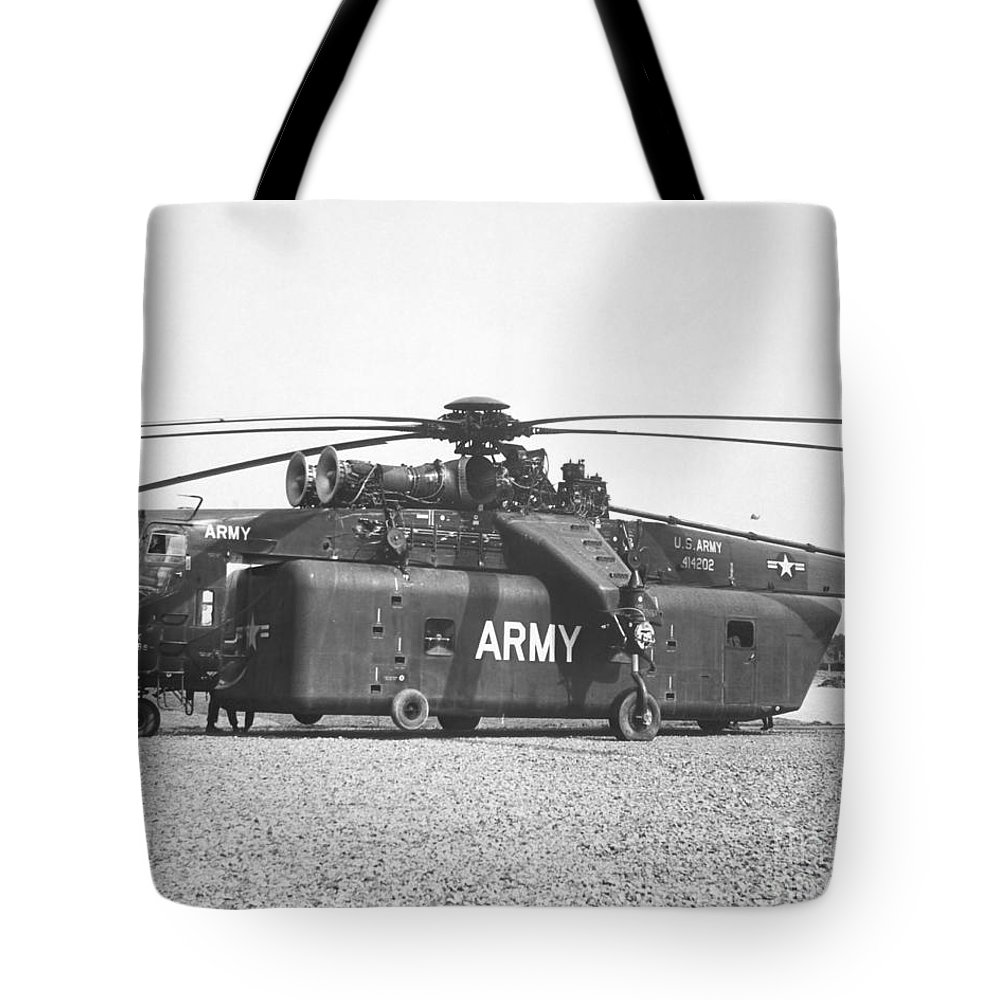 Horizontal Tote Bag featuring the photograph A Large Ch-54 Skycrane Helicopter Used by Stocktrek Images