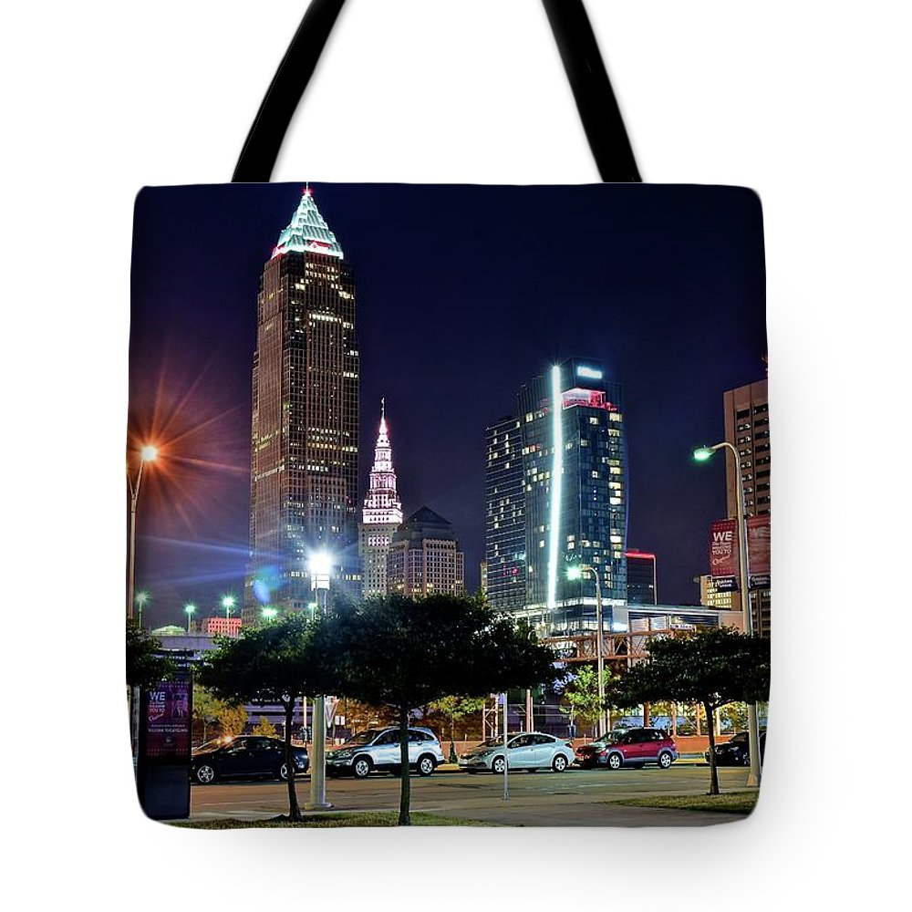 Cleveland Tote Bag featuring the photograph A New View by Frozen in Time Fine Art Photography