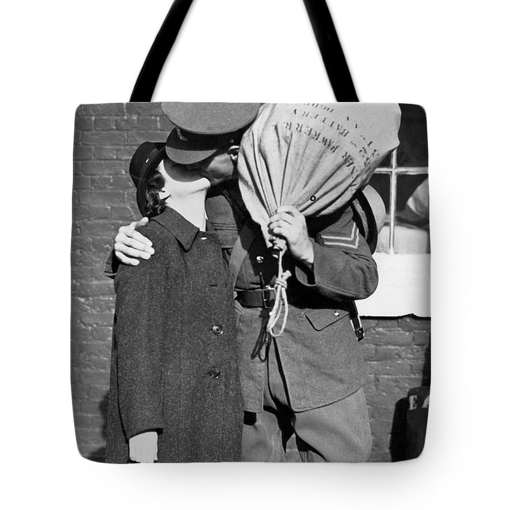1930s Tote Bag featuring the photograph A Soldier's Goodby Kiss by Underwood Archives