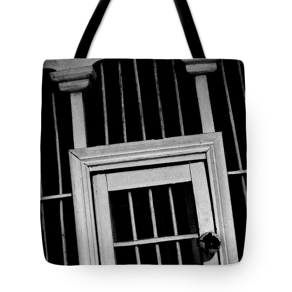A Trip To The Big House Tote Bag featuring the photograph A Trip To The Big House by Ed Smith