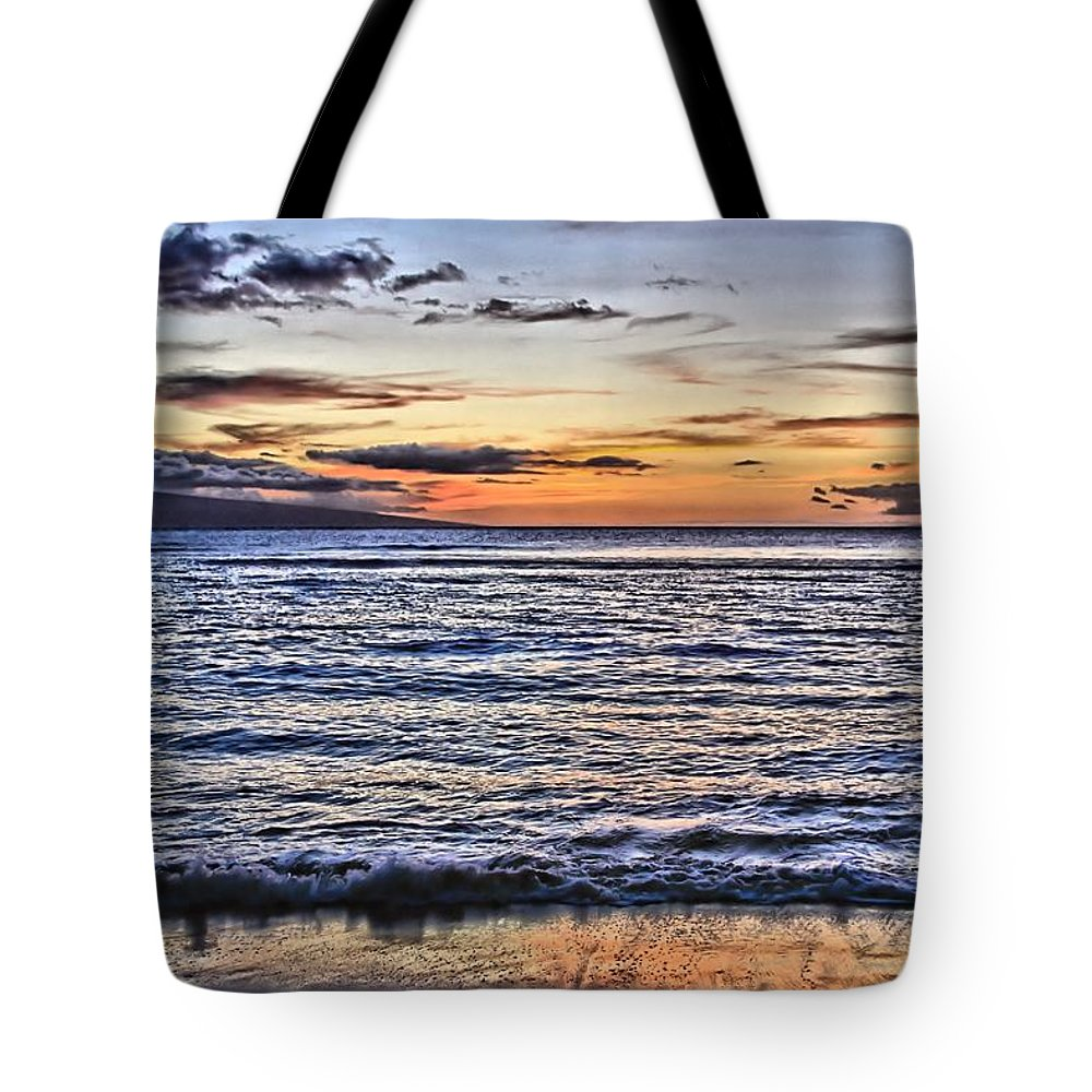 Sunset Tote Bag featuring the photograph A Western Maui Sunset by DJ Florek
