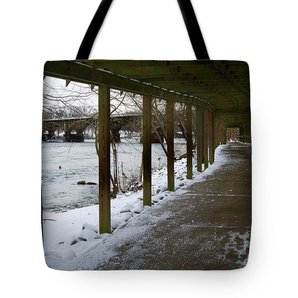 Scenic Tote Bag featuring the photograph A Winter Walk by Skip Willits