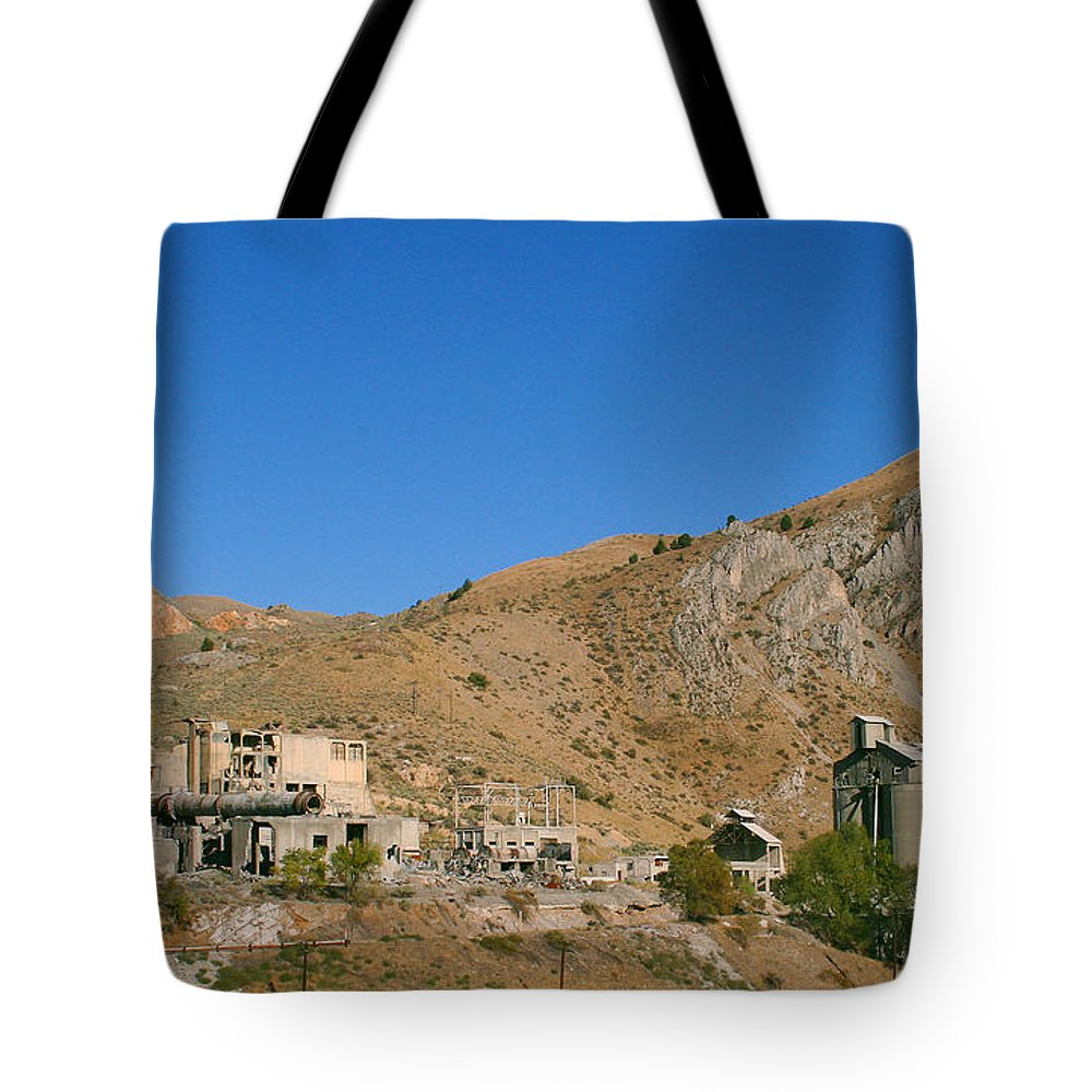 Tote Bag featuring the photograph Abandoned Mill by Pat Turner