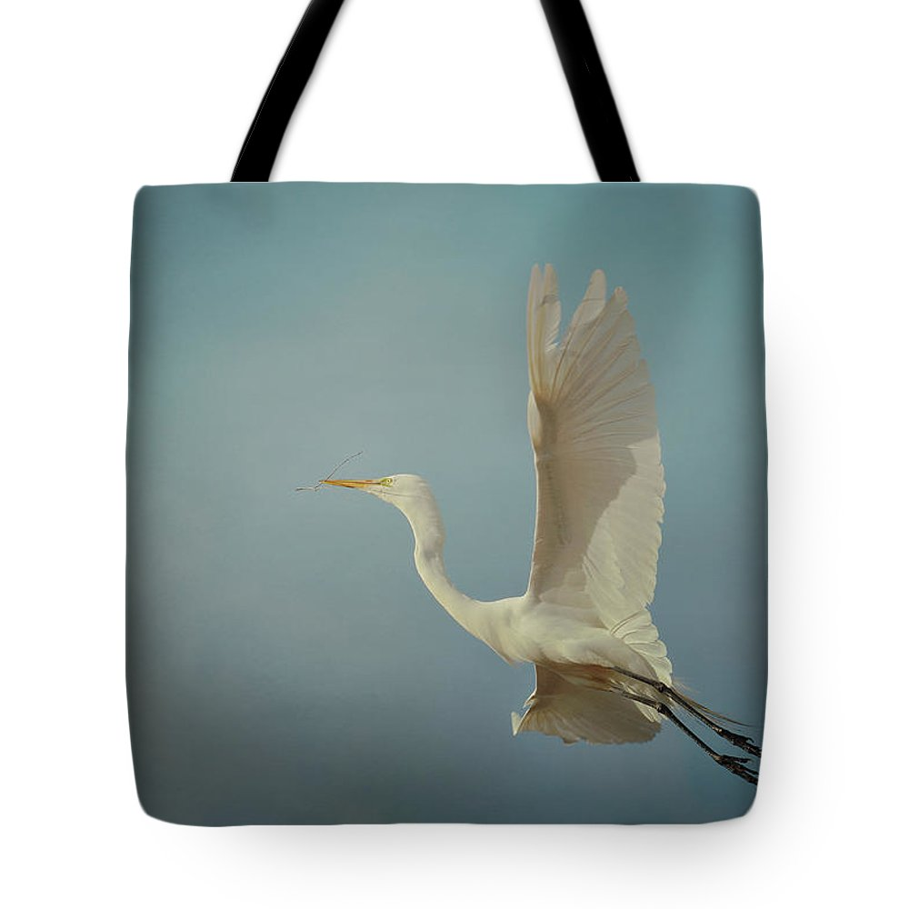 Great White Egret Tote Bag featuring the photograph Above And Beyond 2 by Fraida Gutovich