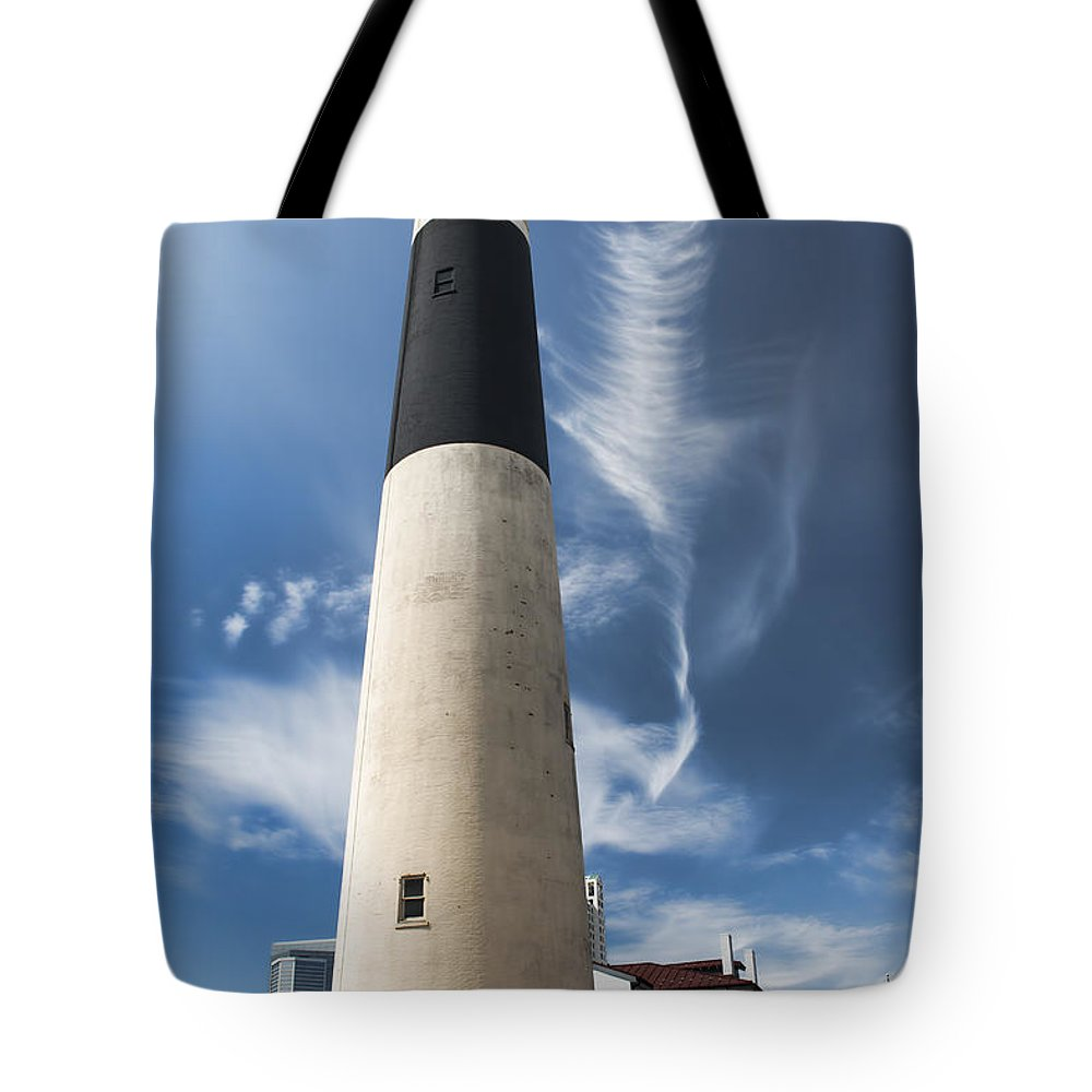 Jersey Tote Bag featuring the photograph Absecon Lighthouse 2 - Atlantic City by Kristia Adams