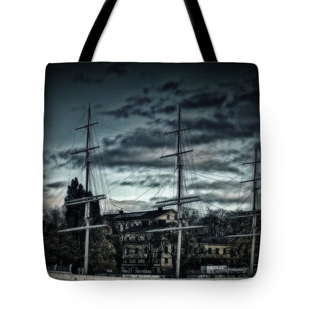 Sailboat Tote Bag featuring the photograph Af Champman At Afternoon by Ramon Martinez