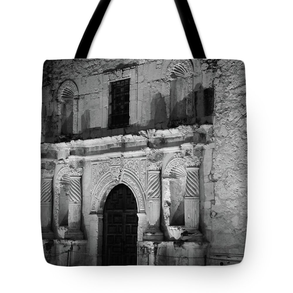 Alamo Tote Bag featuring the photograph Afterglow by Robert A Jones