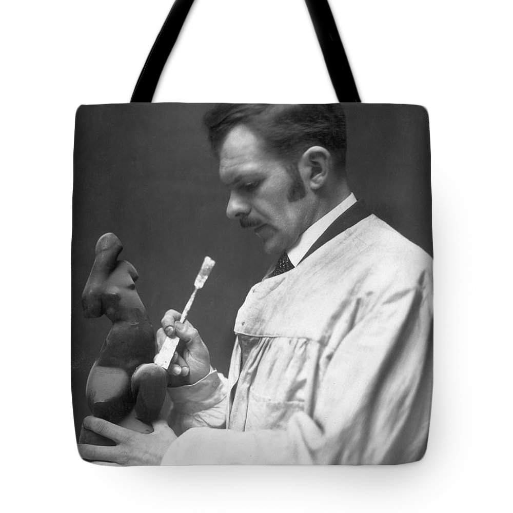 1920s Tote Bag featuring the photograph Alexander Archipenko by Granger