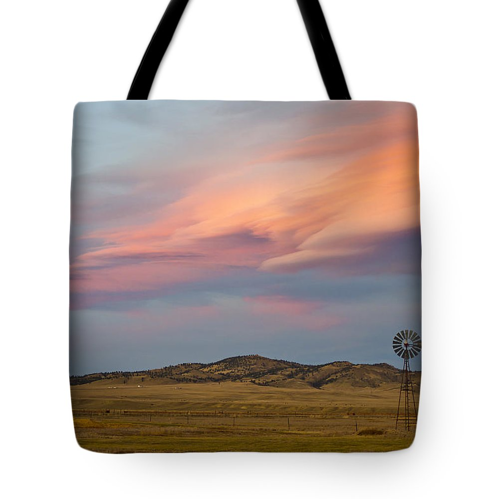 Alpenglow Tote Bag featuring the photograph Alpenglow Over South Park, Colorado by Shelley Dennis