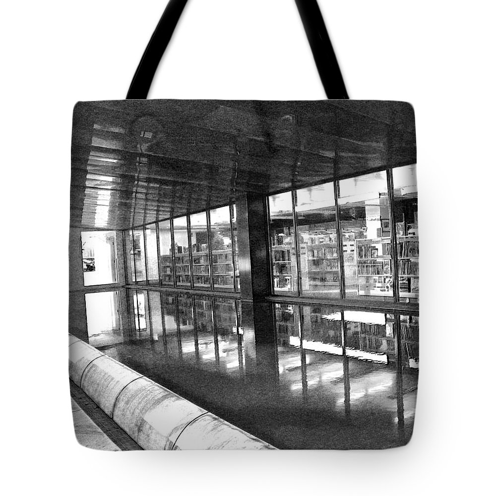 Abstract Tote Bag featuring the photograph Alternate Reality 11 by Lenore Senior