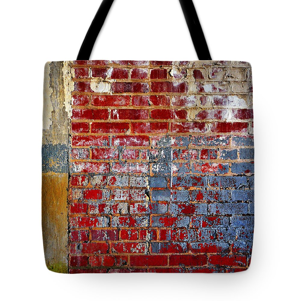 Skip Hunt Tote Bag featuring the photograph America by Skip Hunt