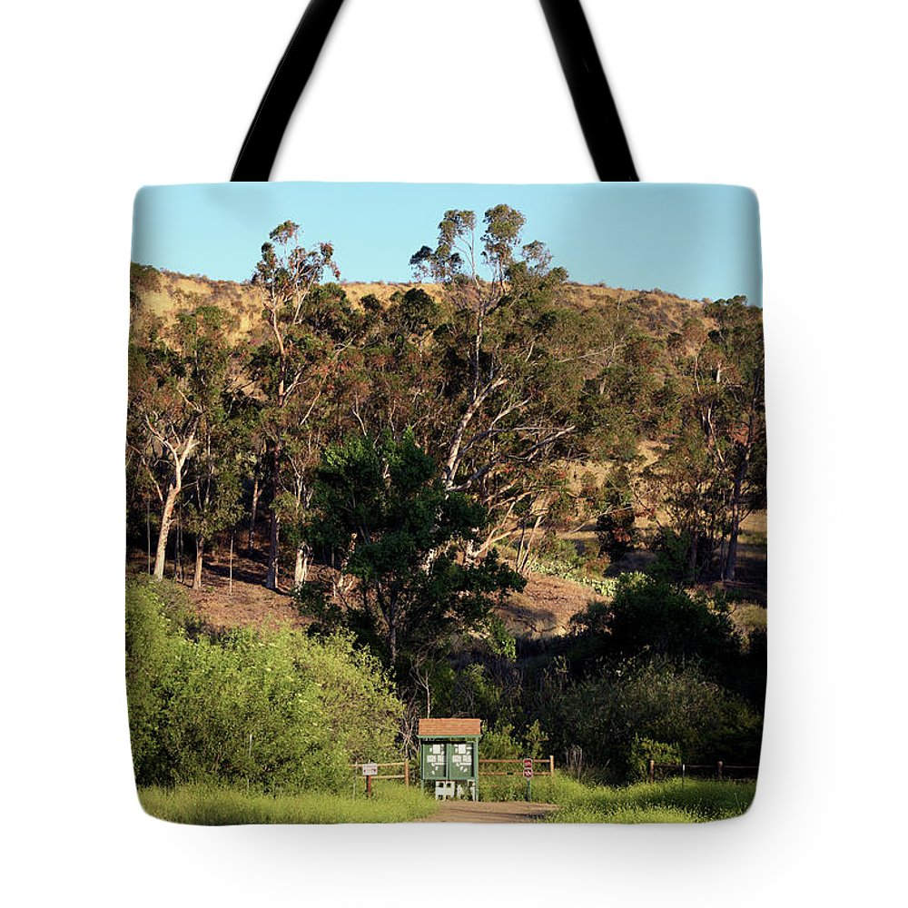Linda Brody Tote Bag featuring the photograph An Entrance To Peters Canyon by Linda Brody