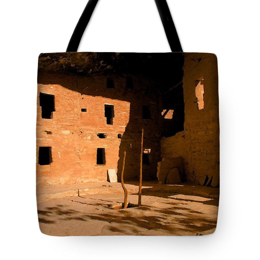 Anasazi Tote Bag featuring the painting Anasazi Kiva by David Lee Thompson