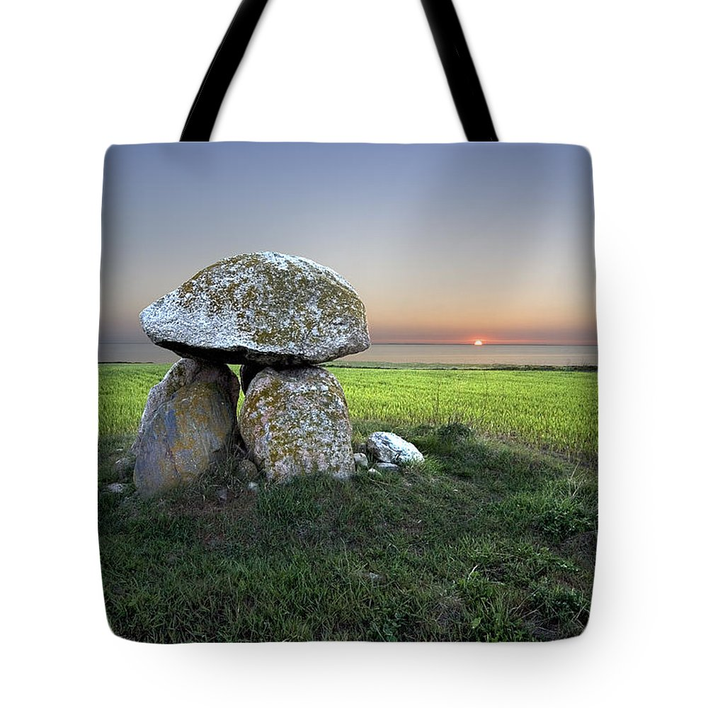 Grave Tote Bag featuring the photograph Ancient Grave by Robert Lacy