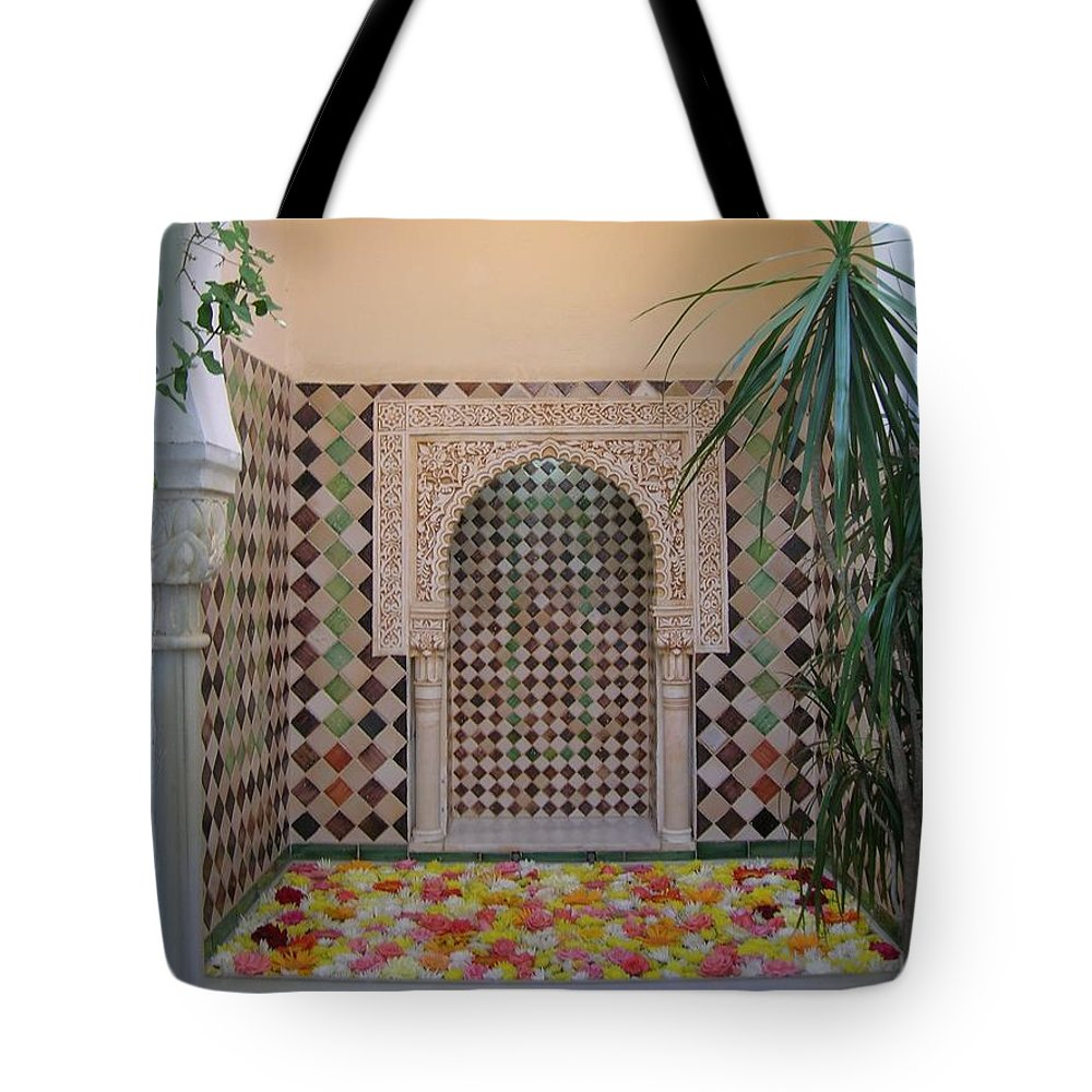 Casa Andalus Tote Bag featuring the photograph Andalus Mansion In Cordoba by Tiziana Verso