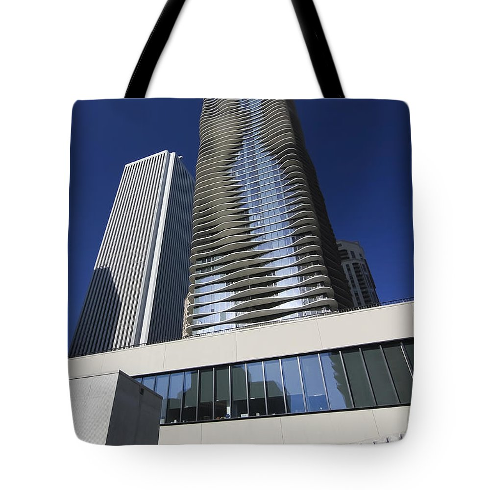Chicago Tote Bag featuring the photograph Aon And Aqua by Sven Brogren