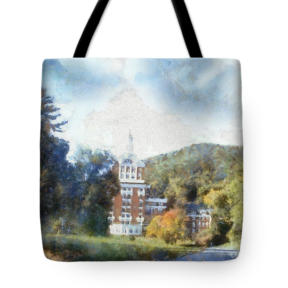 Homestead Tote Bag featuring the photograph Approaching The Homestead by Paulette B Wright