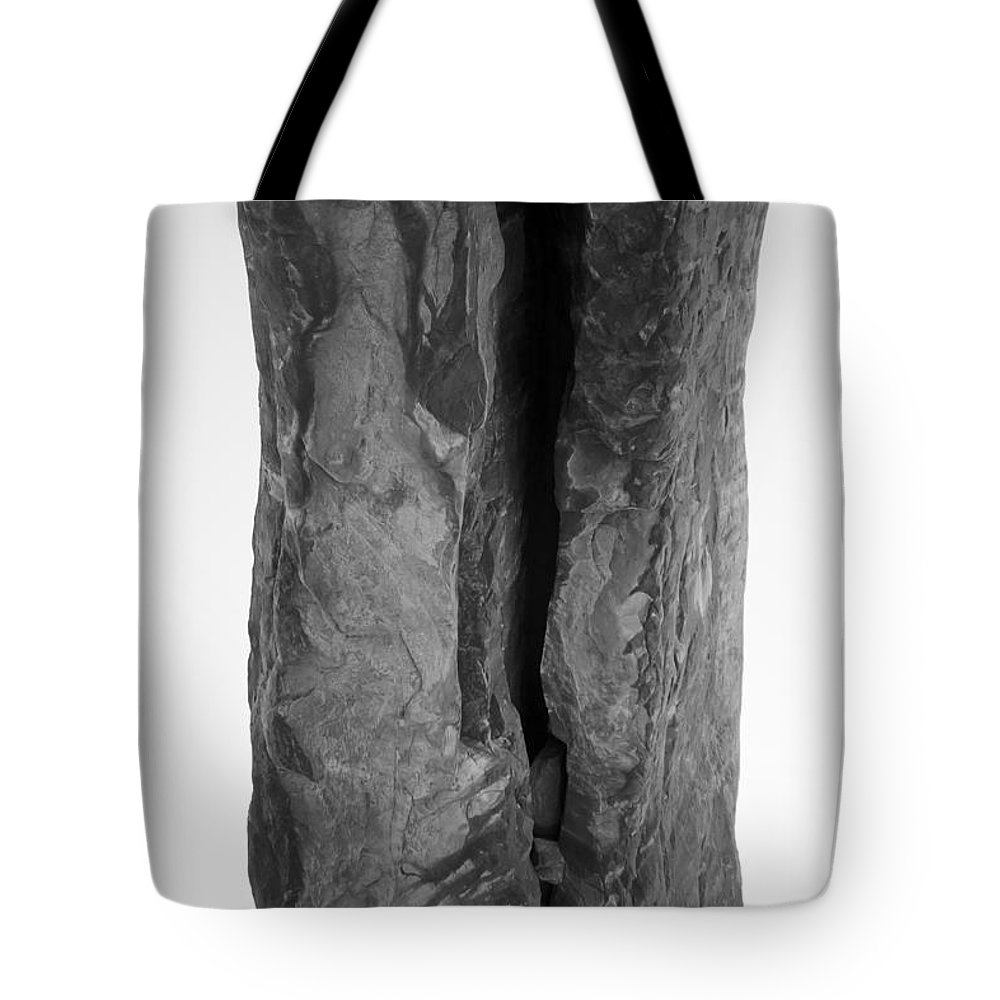 Arch Desert National Park Arizona Utah Colorado New Mexico Travel Leisure Tote Bag featuring the photograph Arch by Forrest Nelson