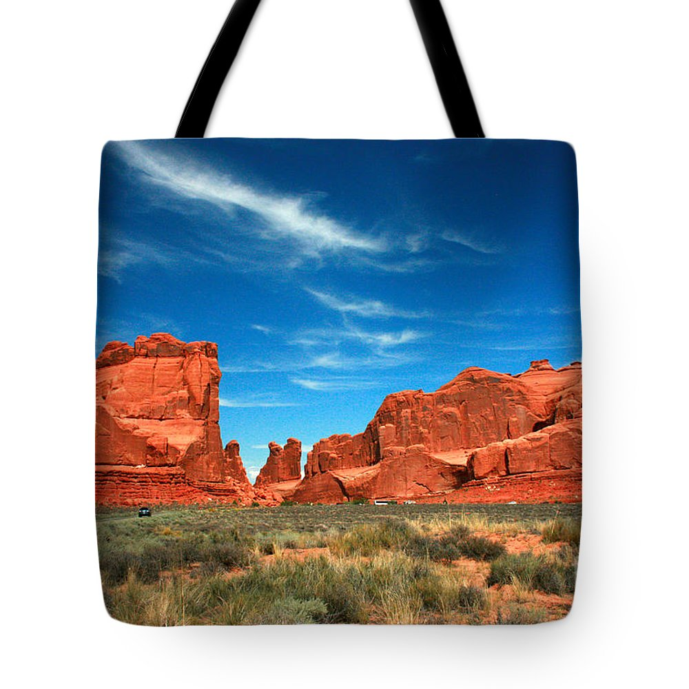 Arches National Park Tote Bag featuring the painting Arches National Park, Park Avenue by Corey Ford