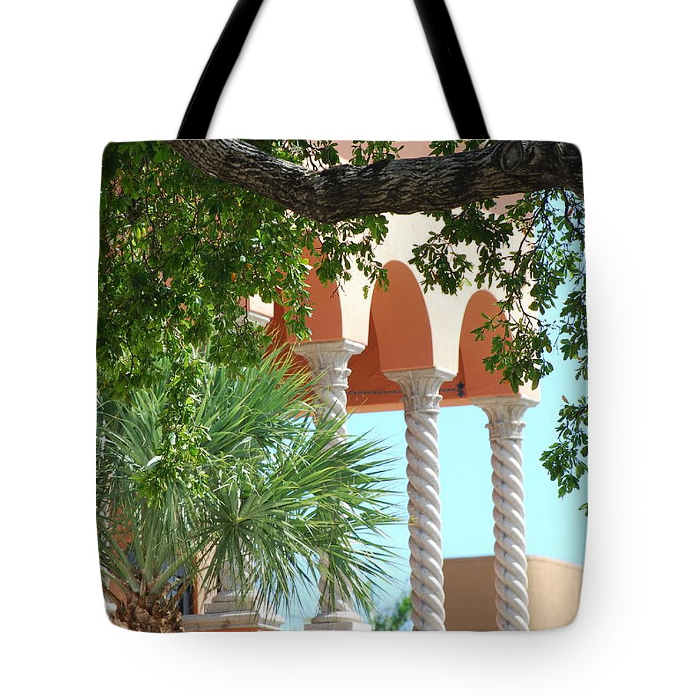 Architecture Tote Bag featuring the photograph Arches Thru The Trees by Rob Hans