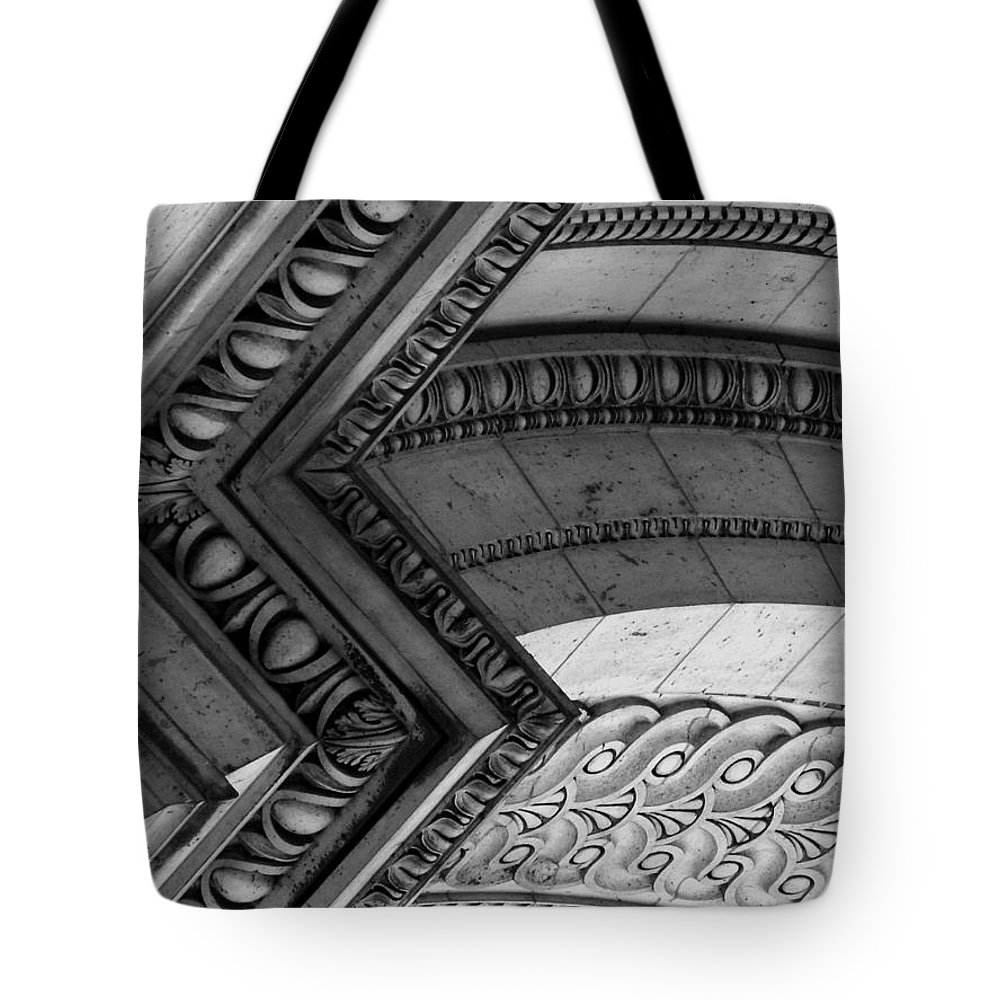 Architecture Tote Bag featuring the photograph Architectural Details Of The Arc by Donna Corless