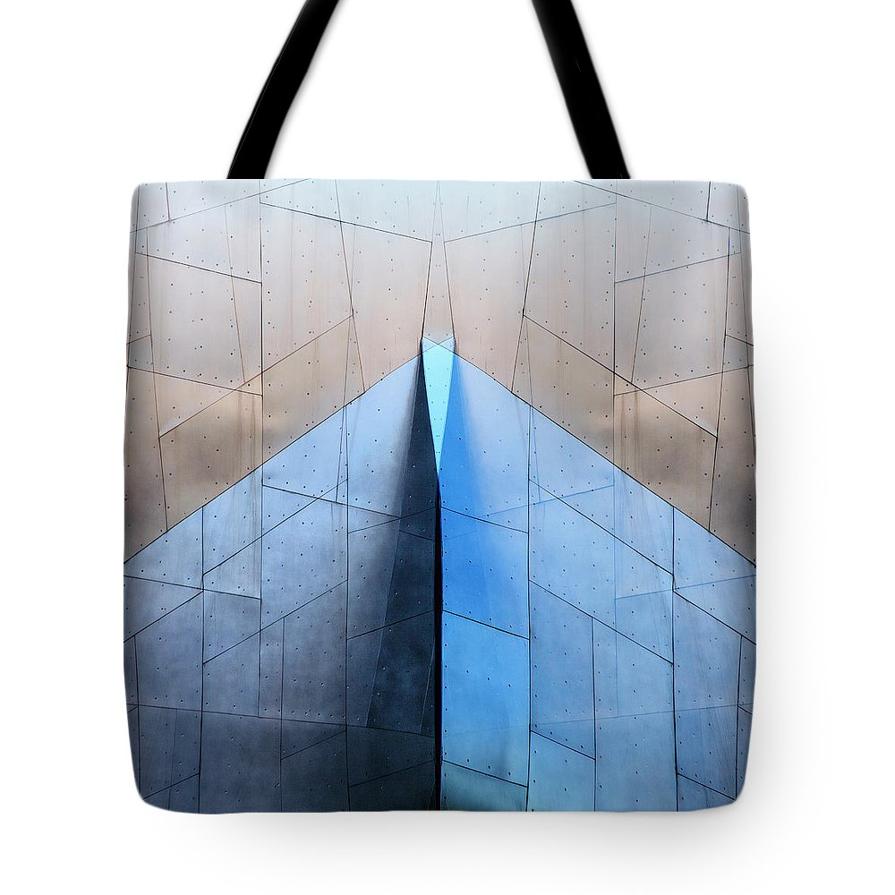 Architecture Tote Bag featuring the photograph Architectural Reflections 4619L by Carol Leigh