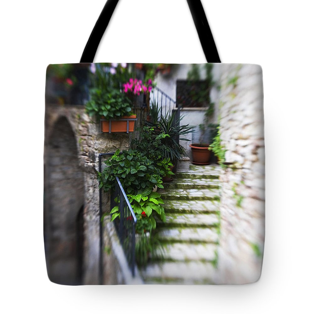 Italy Tote Bag featuring the photograph Archway And Stairs by Marilyn Hunt