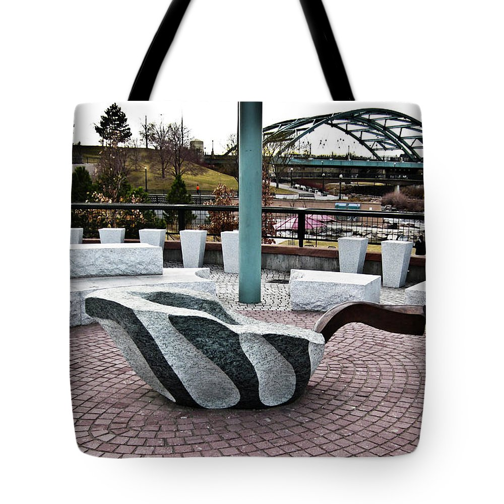 Leaf Tote Bag featuring the photograph Art Upon Art by Angus Hooper Iii