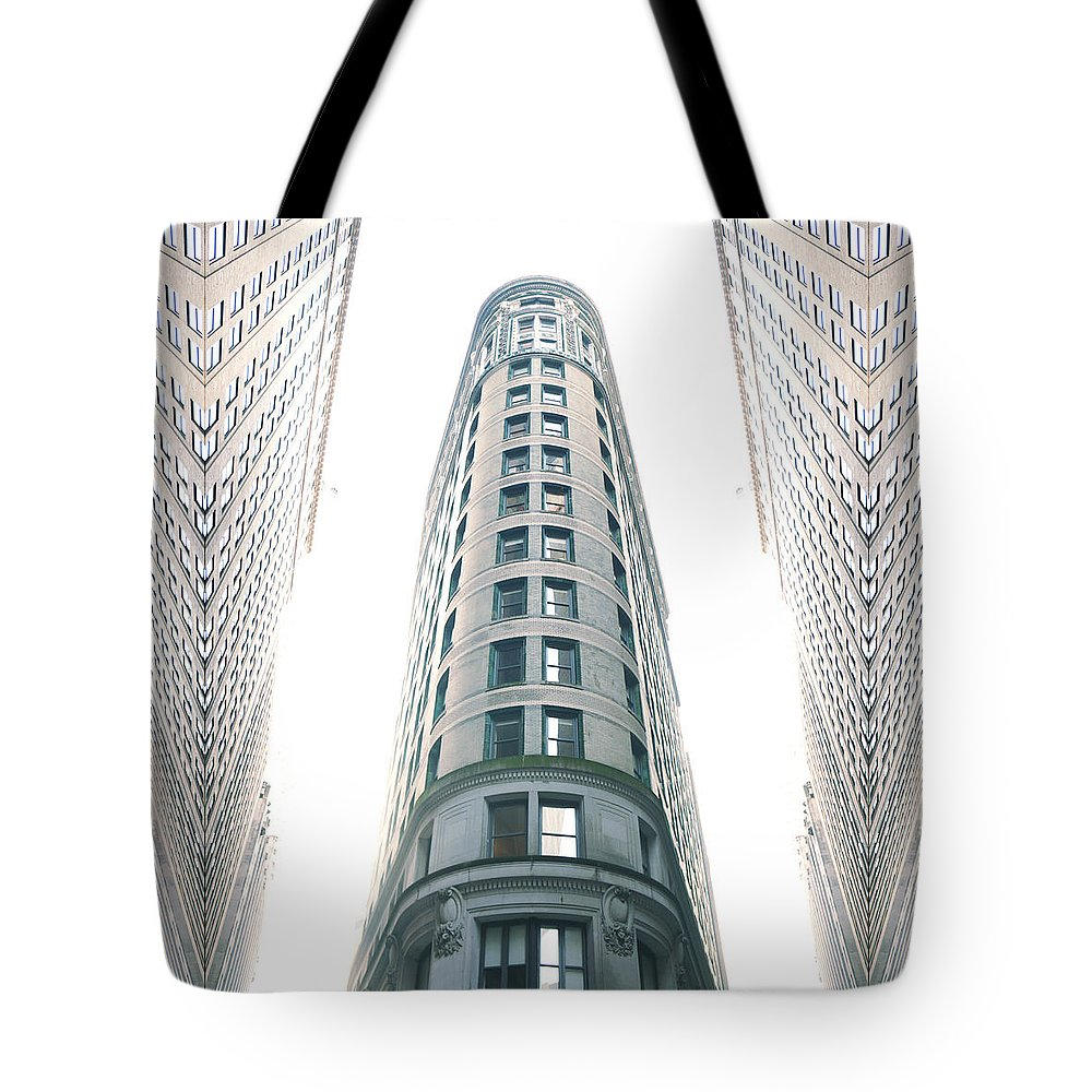 Nyc Tote Bag featuring the photograph Nyc Trip by Sinder Singh