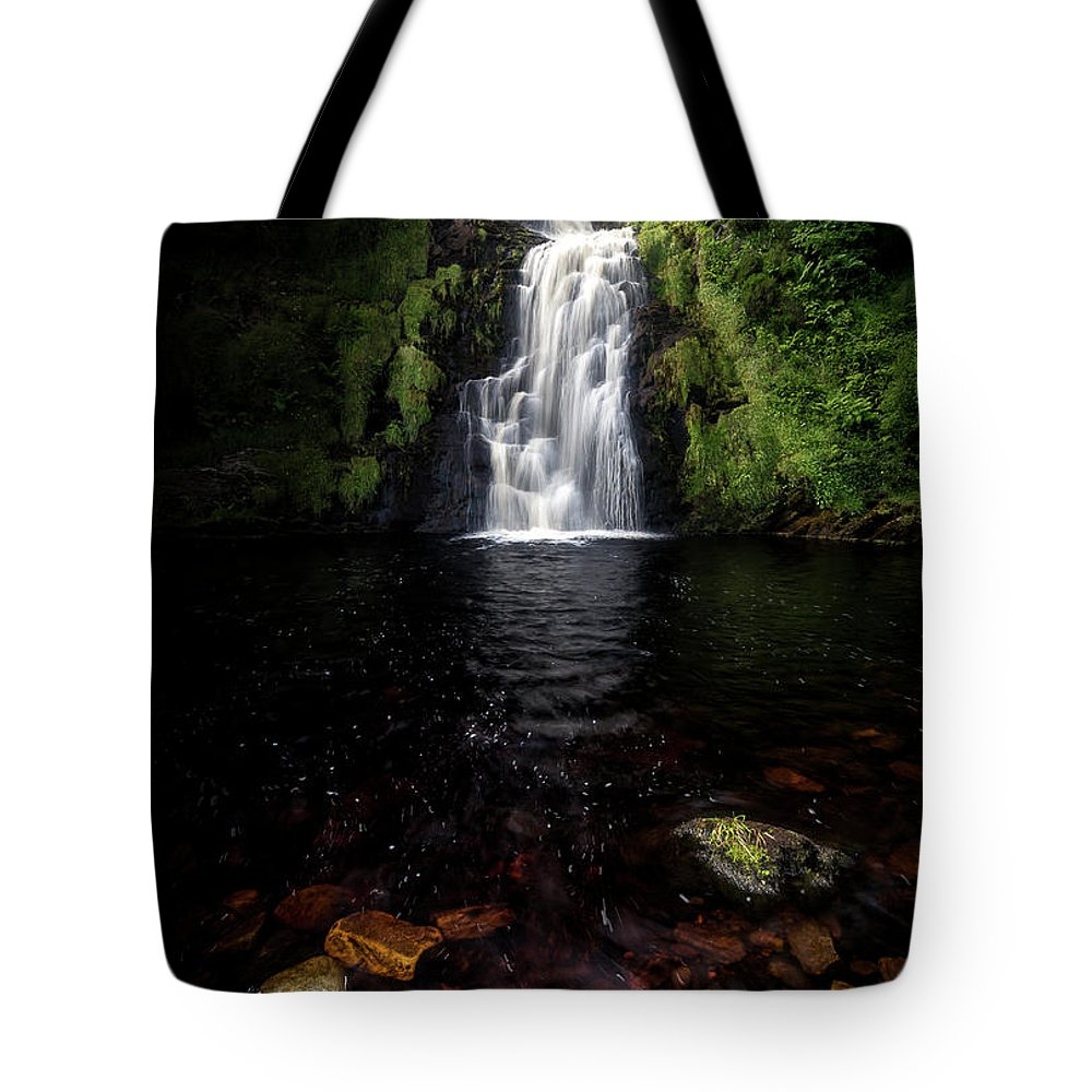 Donegal Tote Bag featuring the photograph Assaranca Waterfall by Glen Sumner