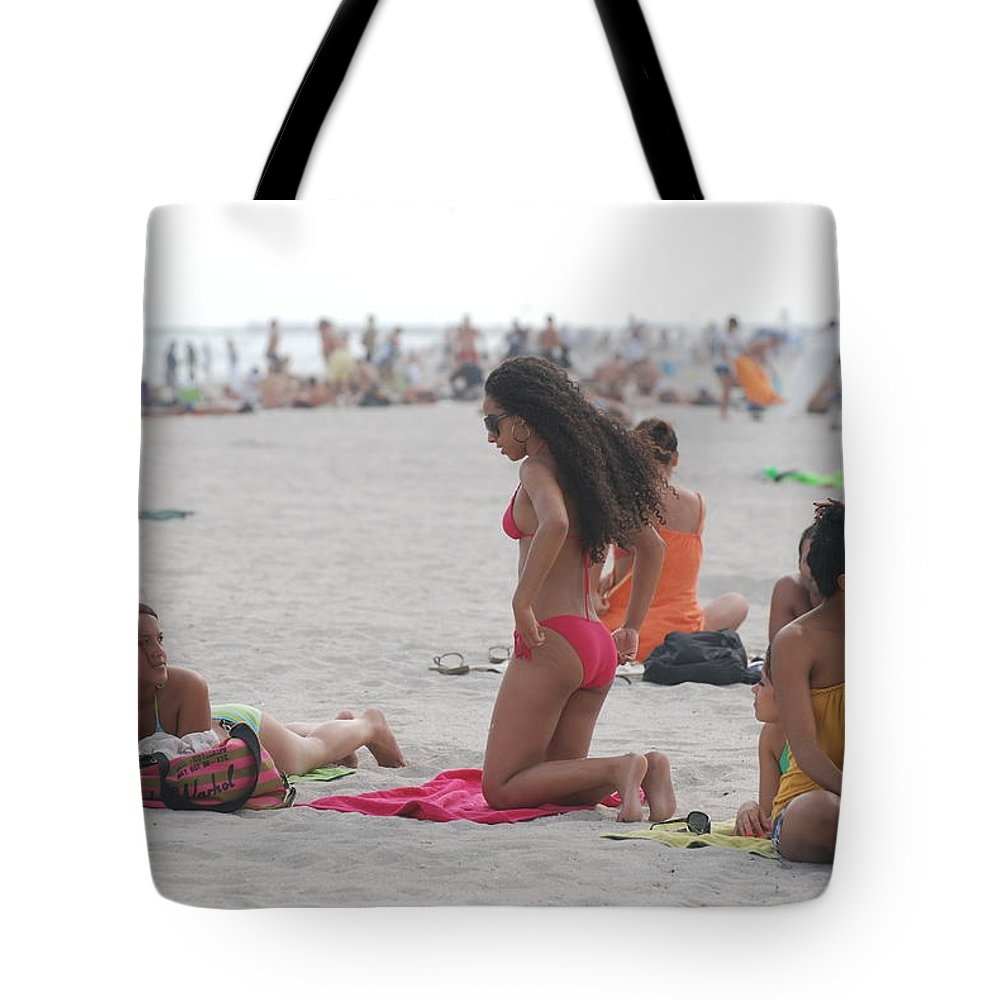 Girls Tote Bag featuring the photograph At The Beach by Rob Hans