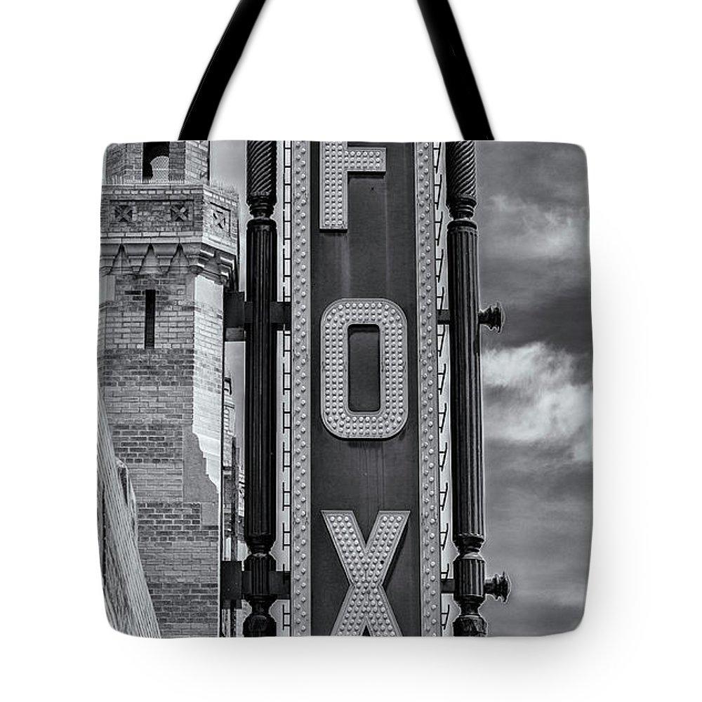 Atlanta Tote Bag featuring the photograph Atlanta - Fox Theatre Sign #1 by Stephen Stookey