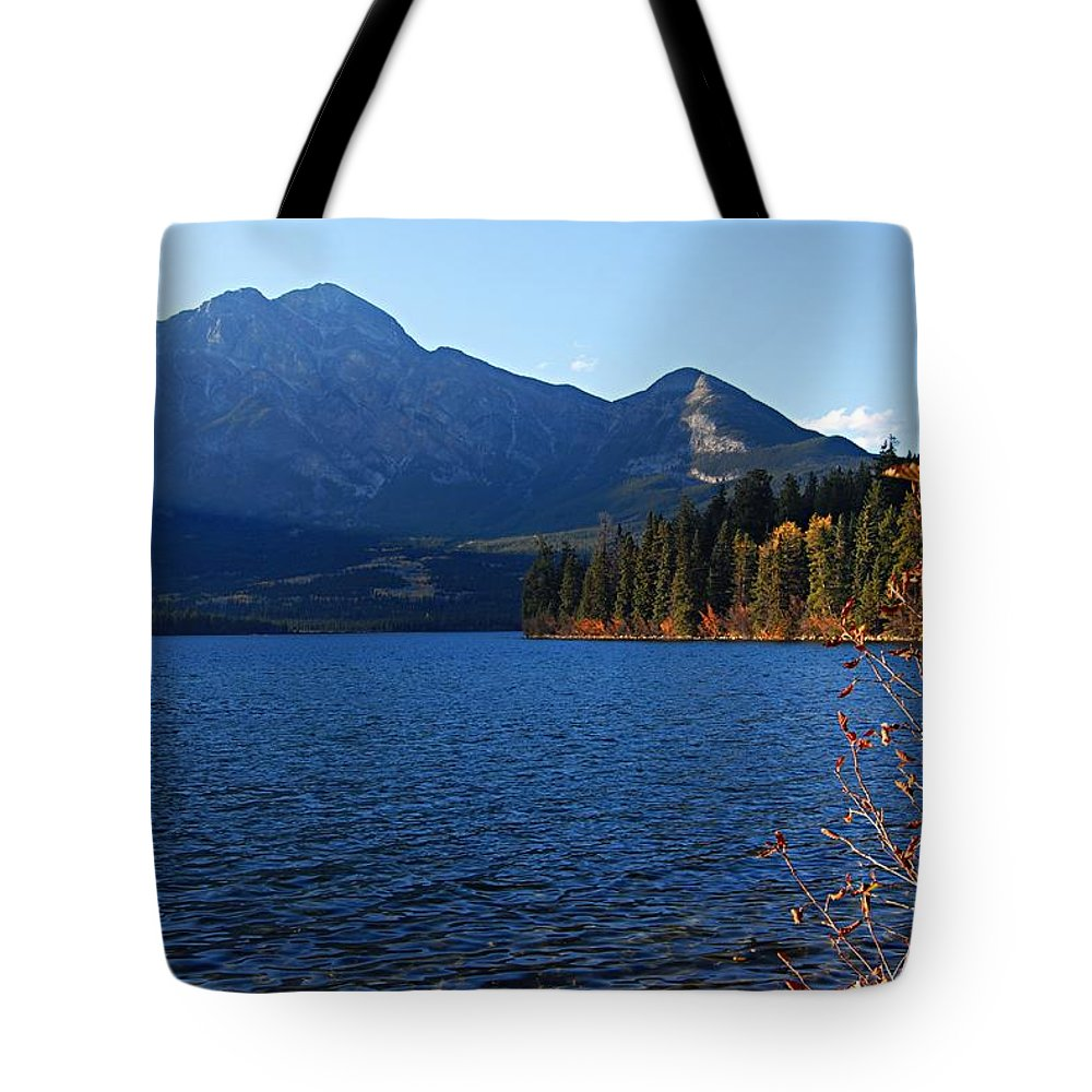 Pyramid Lake Tote Bag featuring the photograph Autumn Afternoon On Pyramid Lake by Larry Ricker