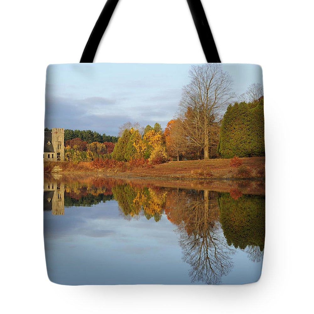 Autumn Tote Bag featuring the photograph Autumn At The Old Stone Church by Luke Moore