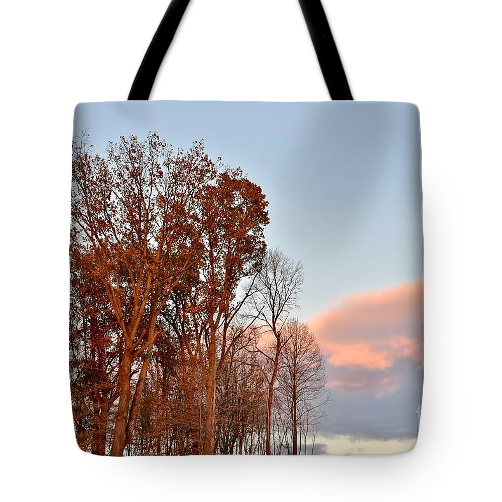 Amazing Sunset Tote Bag featuring the photograph Autumn Sky by Jeramey Lende