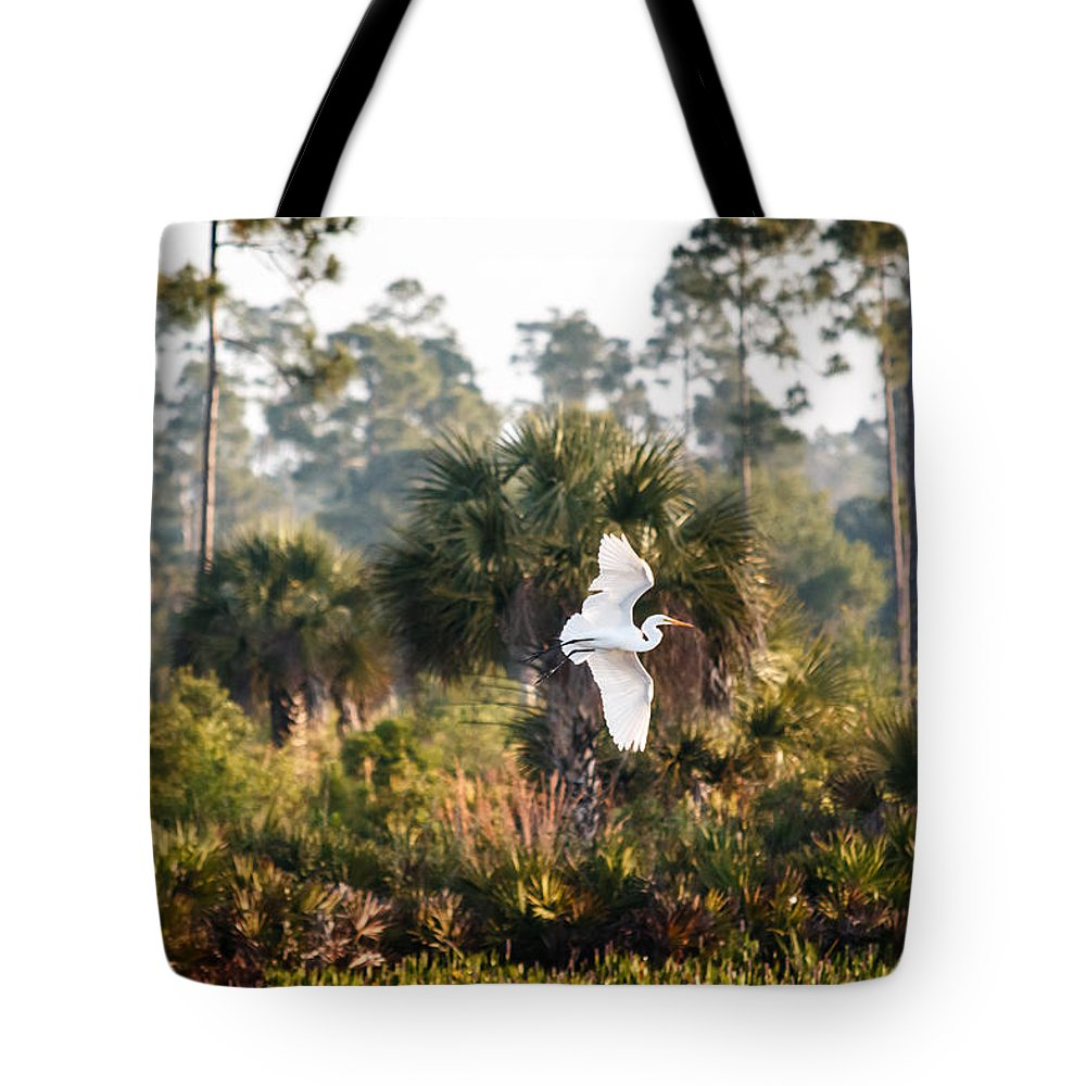 Florida Tote Bag featuring the photograph Babcock Wilderness Ranch - Gliding Great Egret by Ronald Reid