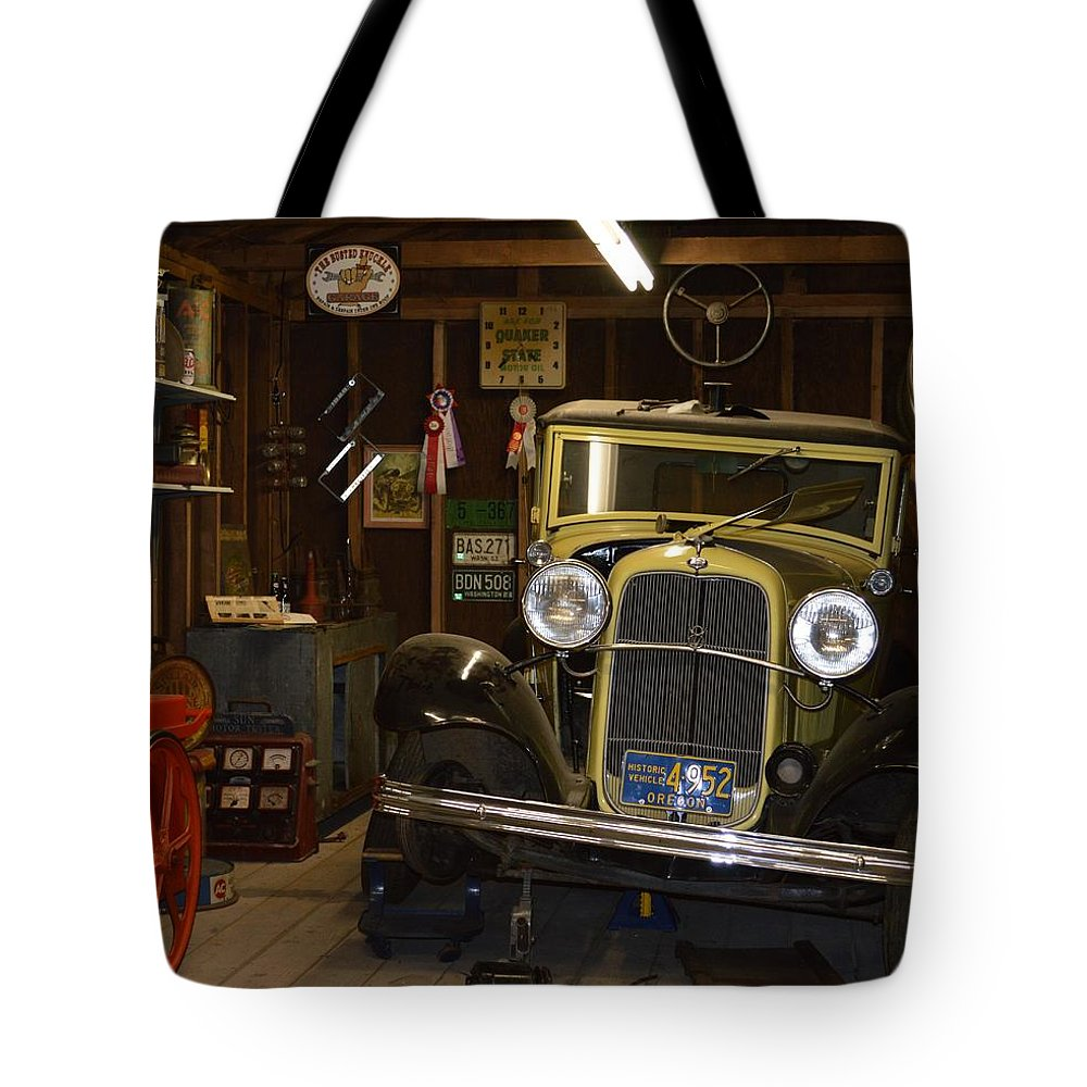 Back in the day tote bag for sale by loretta bueno for Garage totes 76