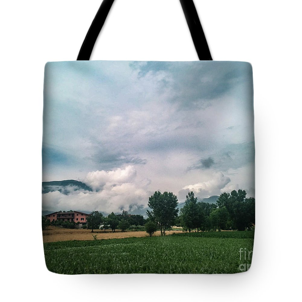 Cassno Tote Bag featuring the photograph Back To Roma by Joseph Yarbrough