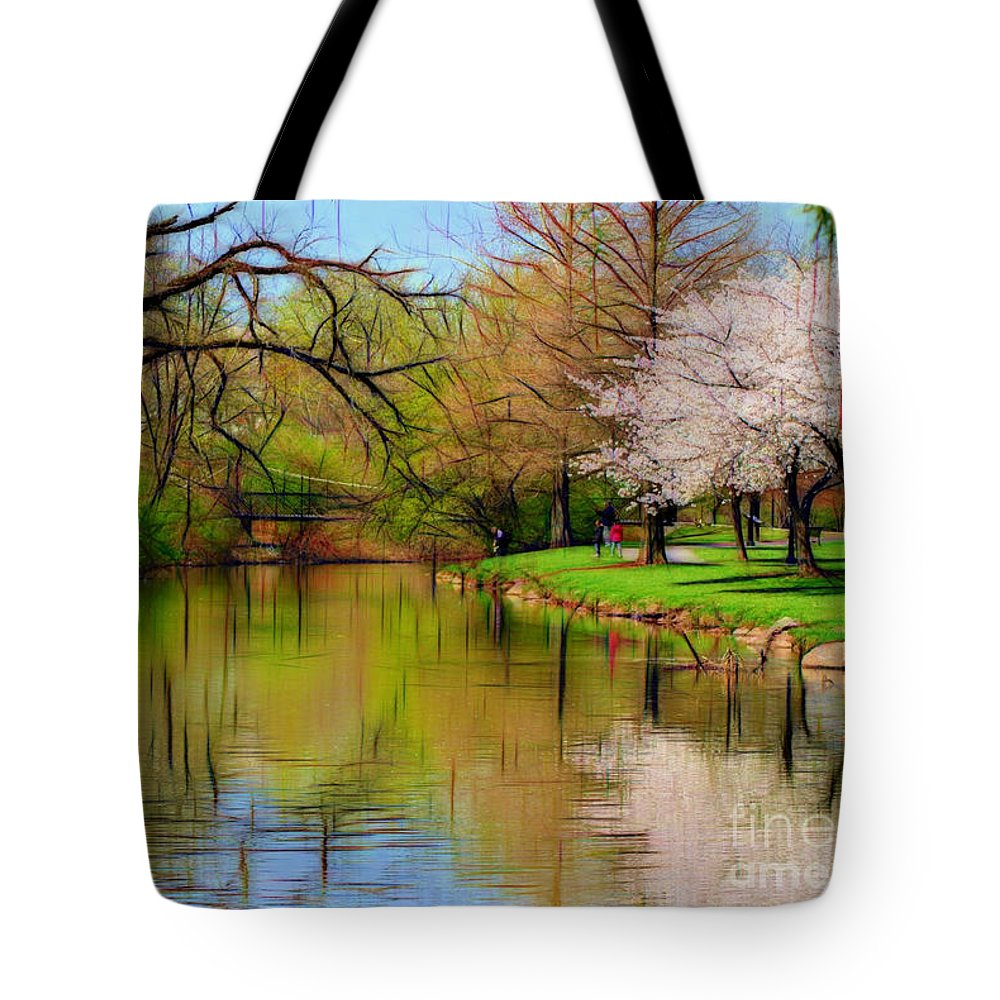 Baker Park Tote Bag featuring the photograph Baker Park by Patti Whitten