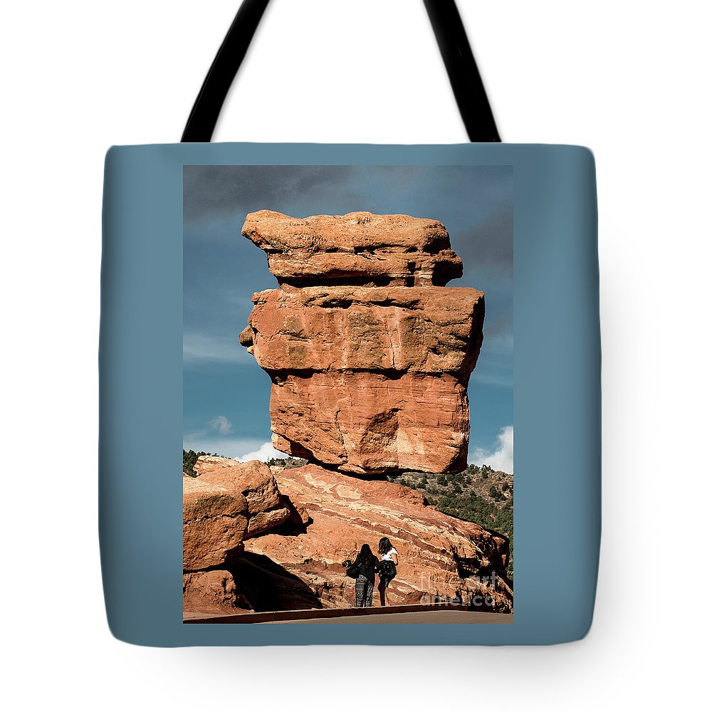 Balanced Rock Tote Bag featuring the photograph Balanced Rock At Garden Of The Gods by Jennifer Mitchell