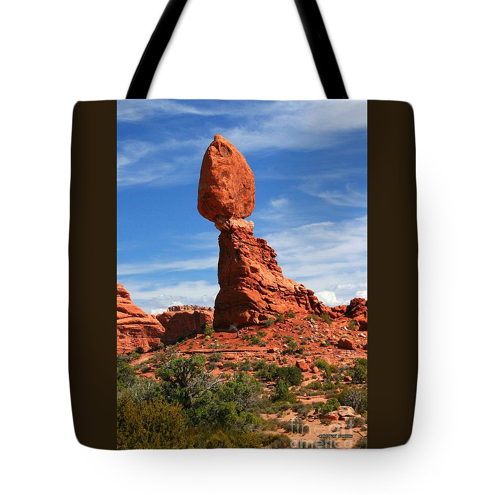 Balanced Rock Tote Bag featuring the painting Balanced Rock In Arches National Park, Moab, Utah by Corey Ford