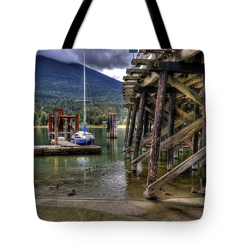 British Columbia Tote Bag featuring the photograph Balfour British Columbia by Lee Santa