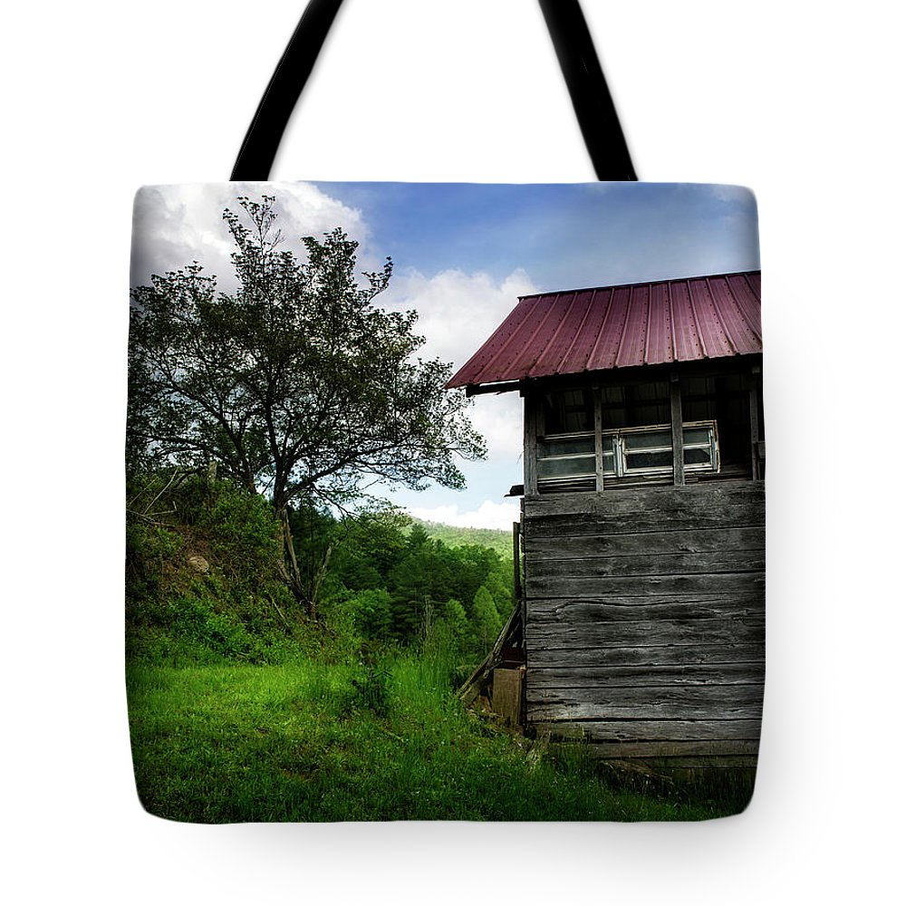 Barn Tote Bag featuring the photograph Barn After Rain by Greg Mimbs