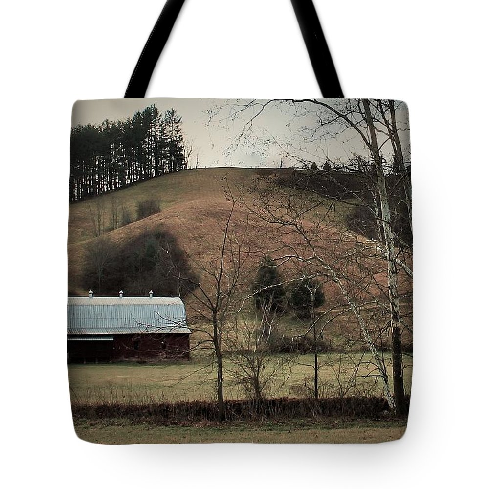 Barn Tote Bag featuring the photograph Barn At The Bottom Of The Hill by Sandra Bennett
